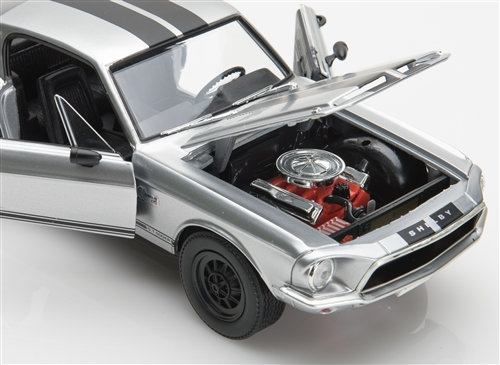 1 18 1968 Chrome Shelby Mustang Gt500kr Diecast