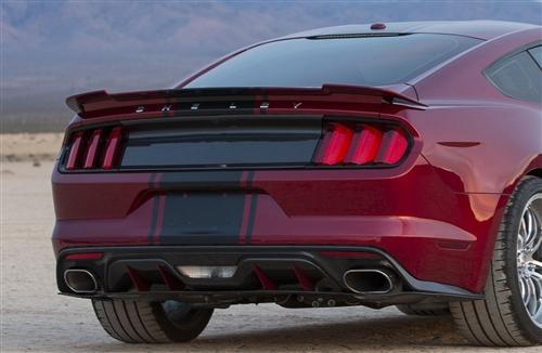 2015 2019 Mustang Carbon Fiber Tail Light Panel