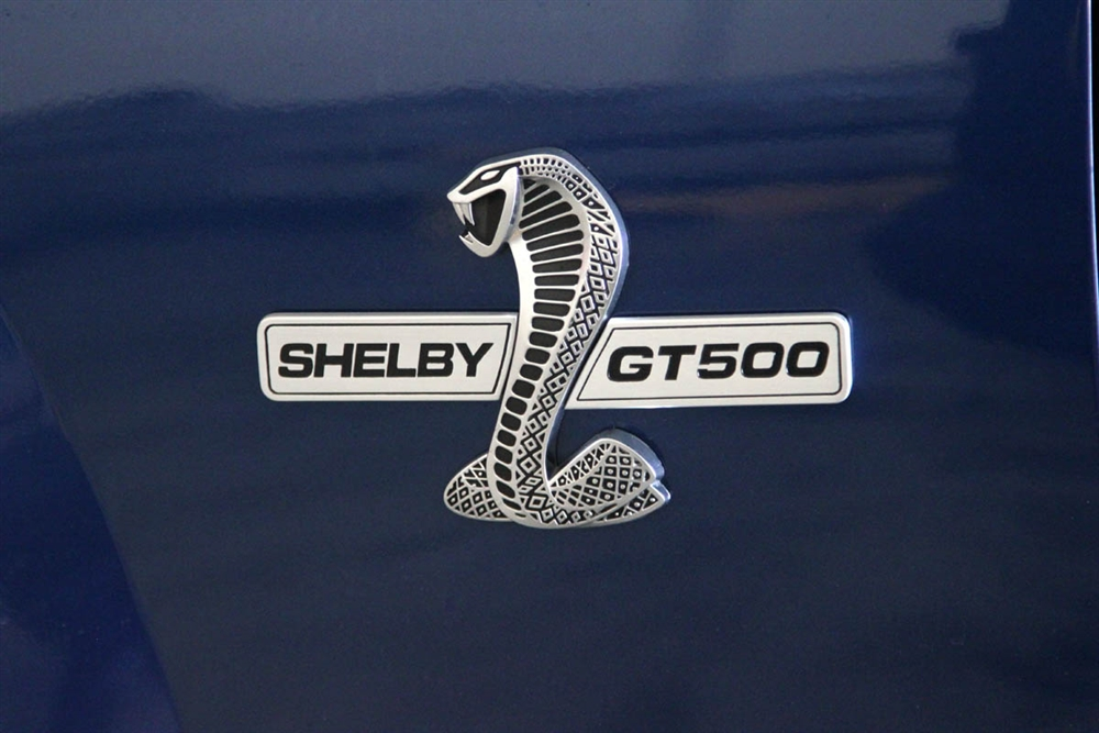 NEW Grille and Fender Wing emblem kit for your Mustang Shelby GT500 2007-2009